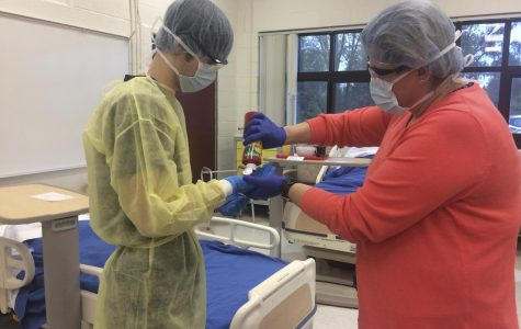 Utica Community Schools students get a head start in medical fields