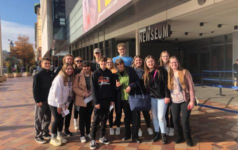 Arrow news, Warrior yearbook staffs travel to DC for convention