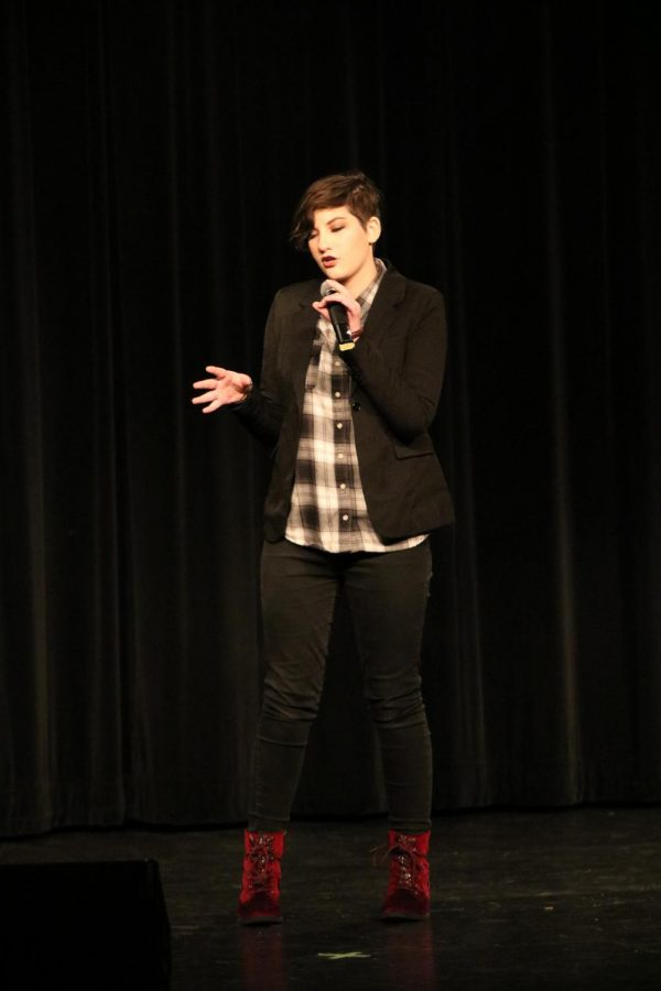 Senior Gianna Bratke performed a comedy routine.